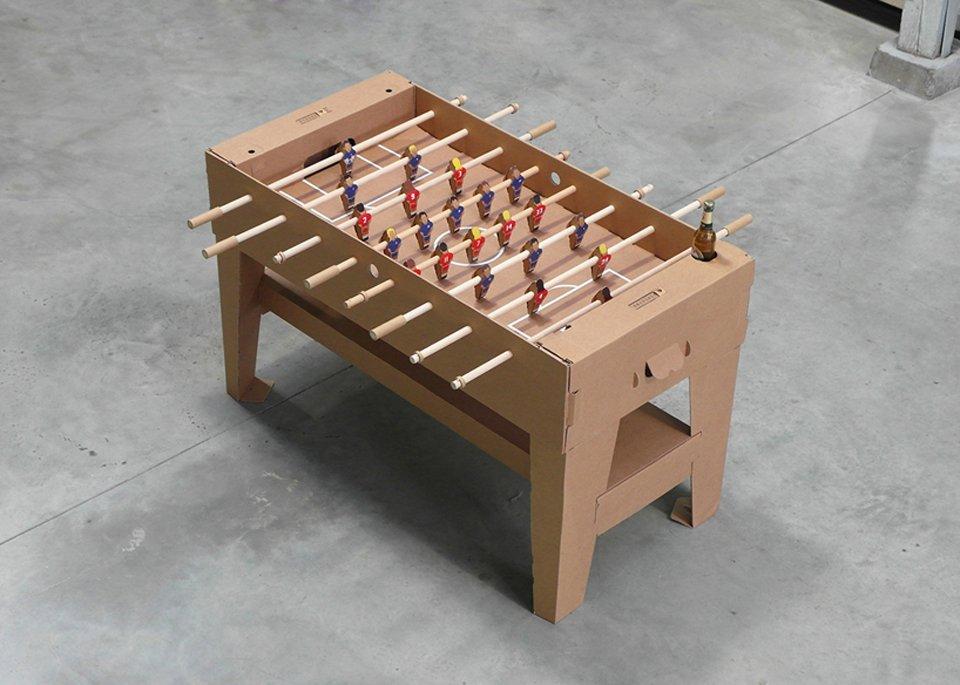 Kartoni The World S First Cardboard Foosball Table
