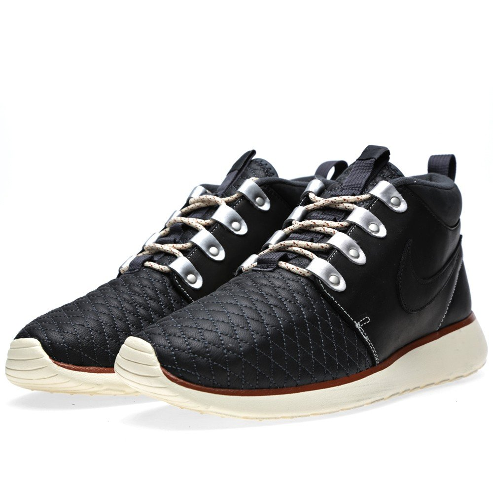 nike roshe run sneaker boot qs black