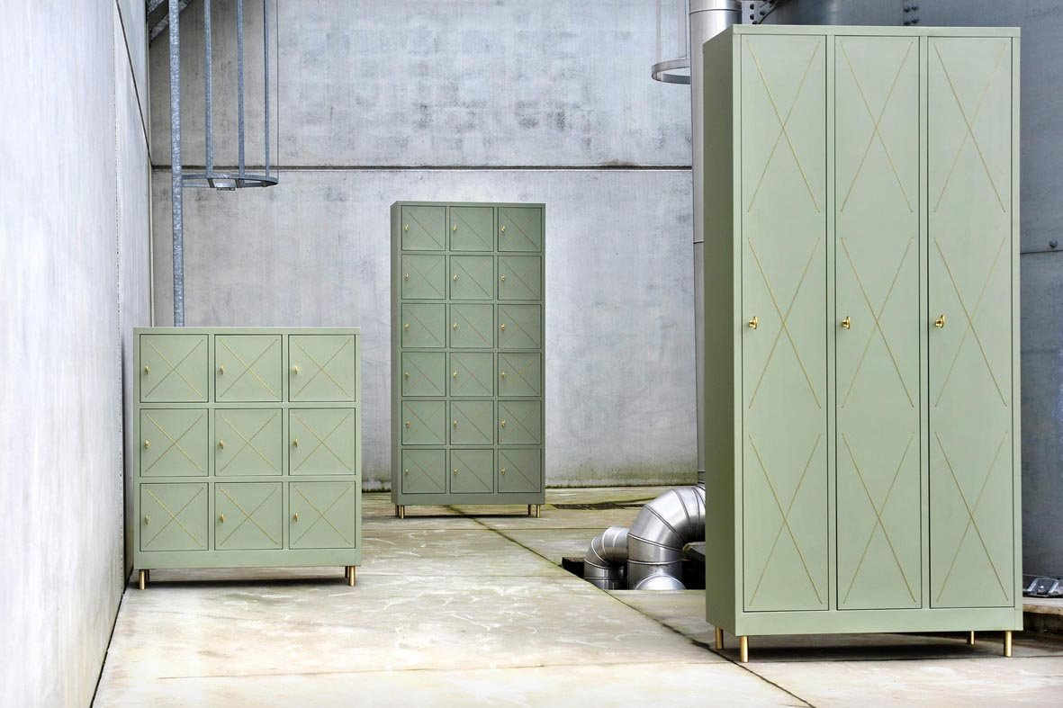 New furniture and tableware collections by alessandro zambelli for Mobili in metallo