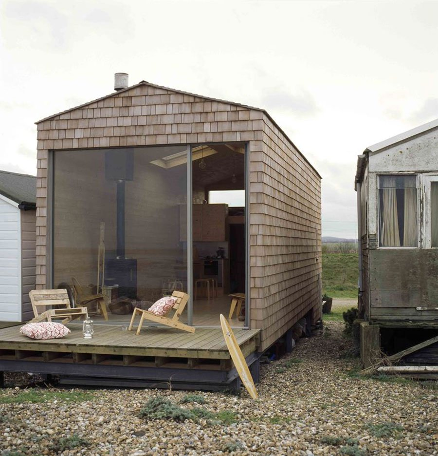 woodsy beach house in whitstable england 8