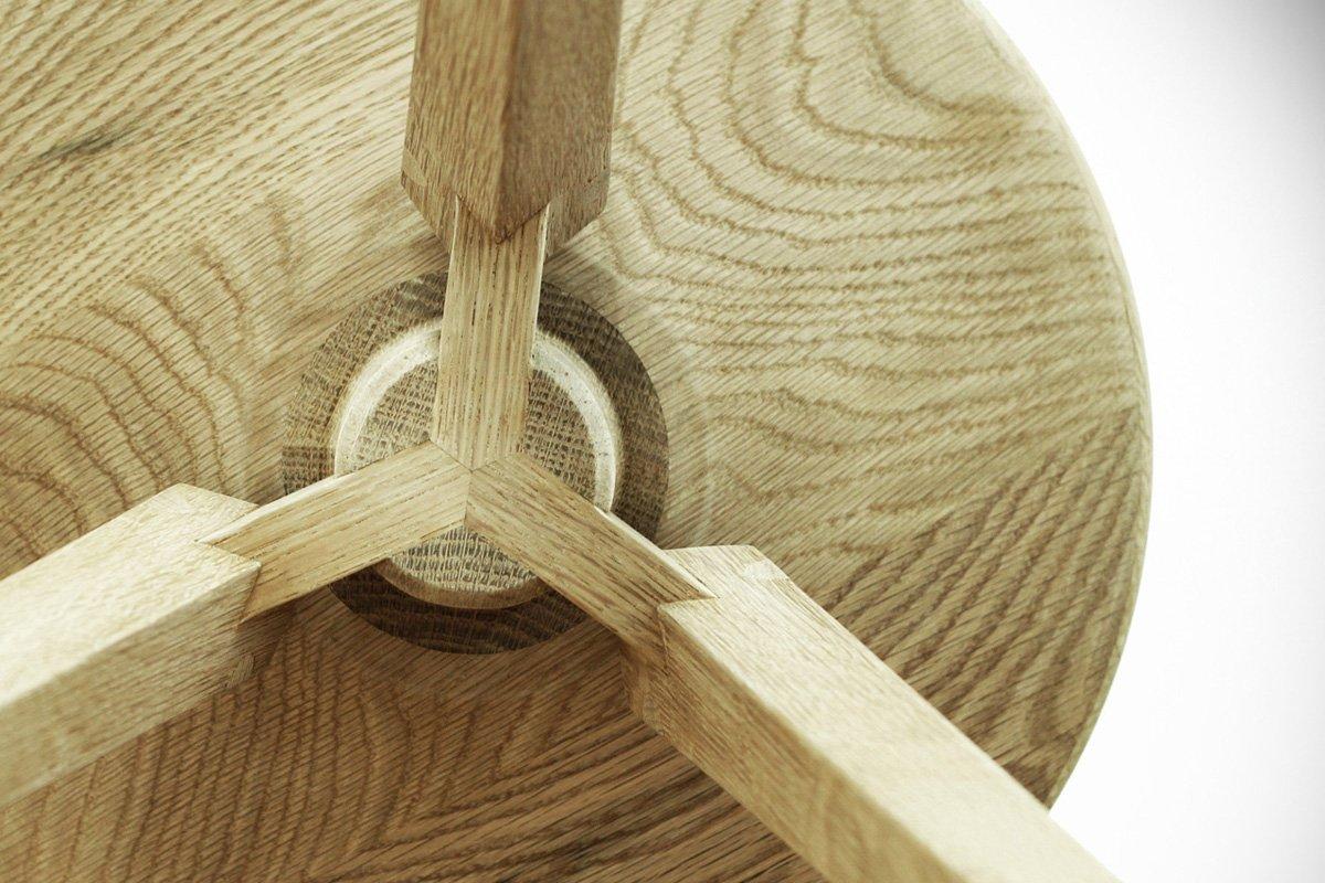 Wood Furniture Article