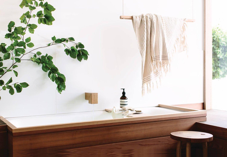 Natural bathroom decor by wood melbourne for Bathroom decor nature