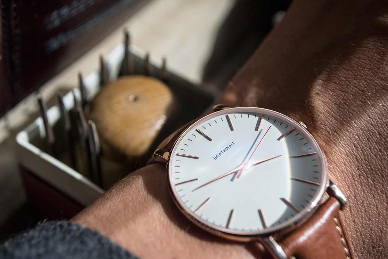 everyday design carry watches under the minimalist affordable cues four of best