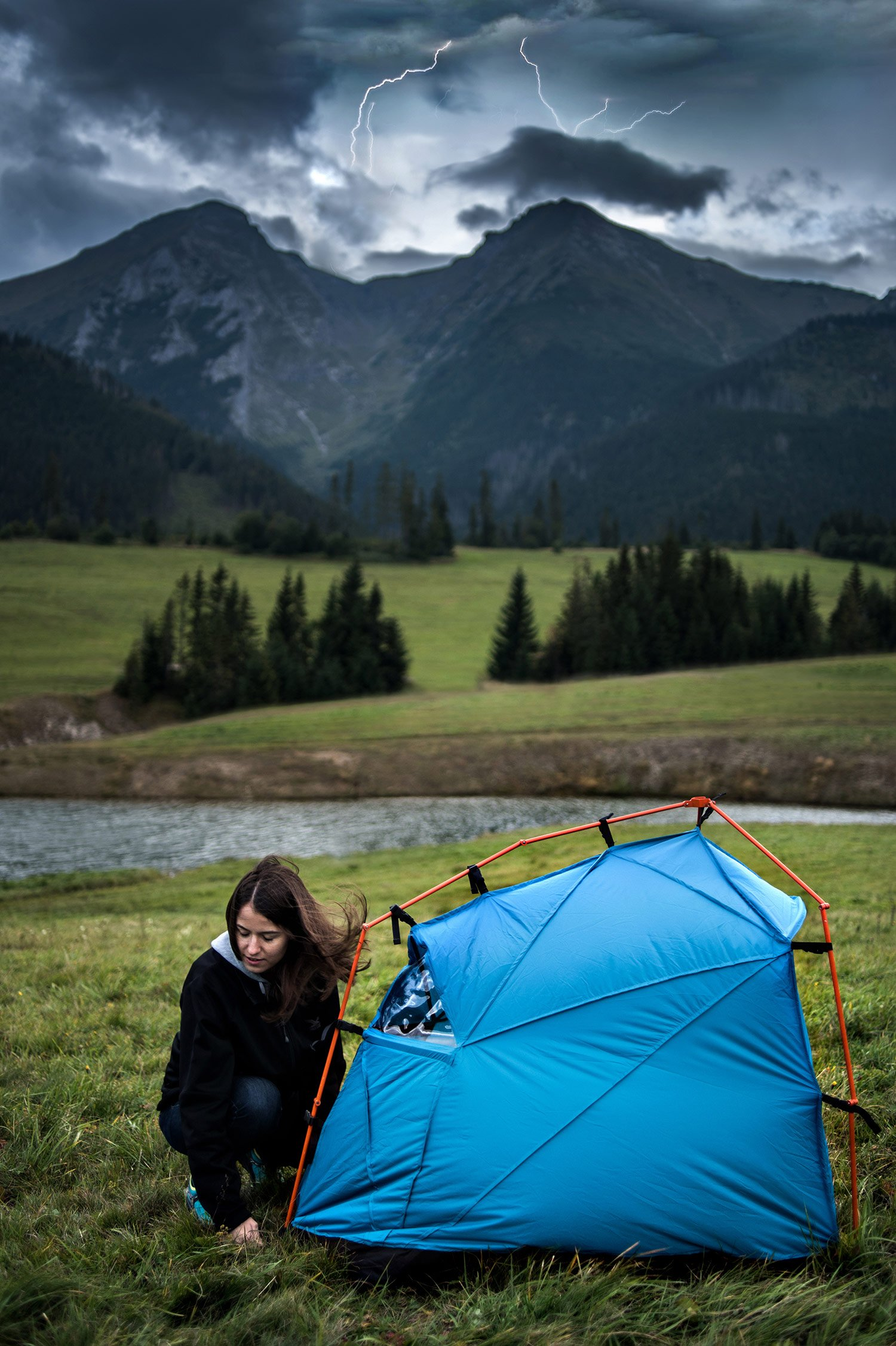 lightening_proof_camping_tents_3