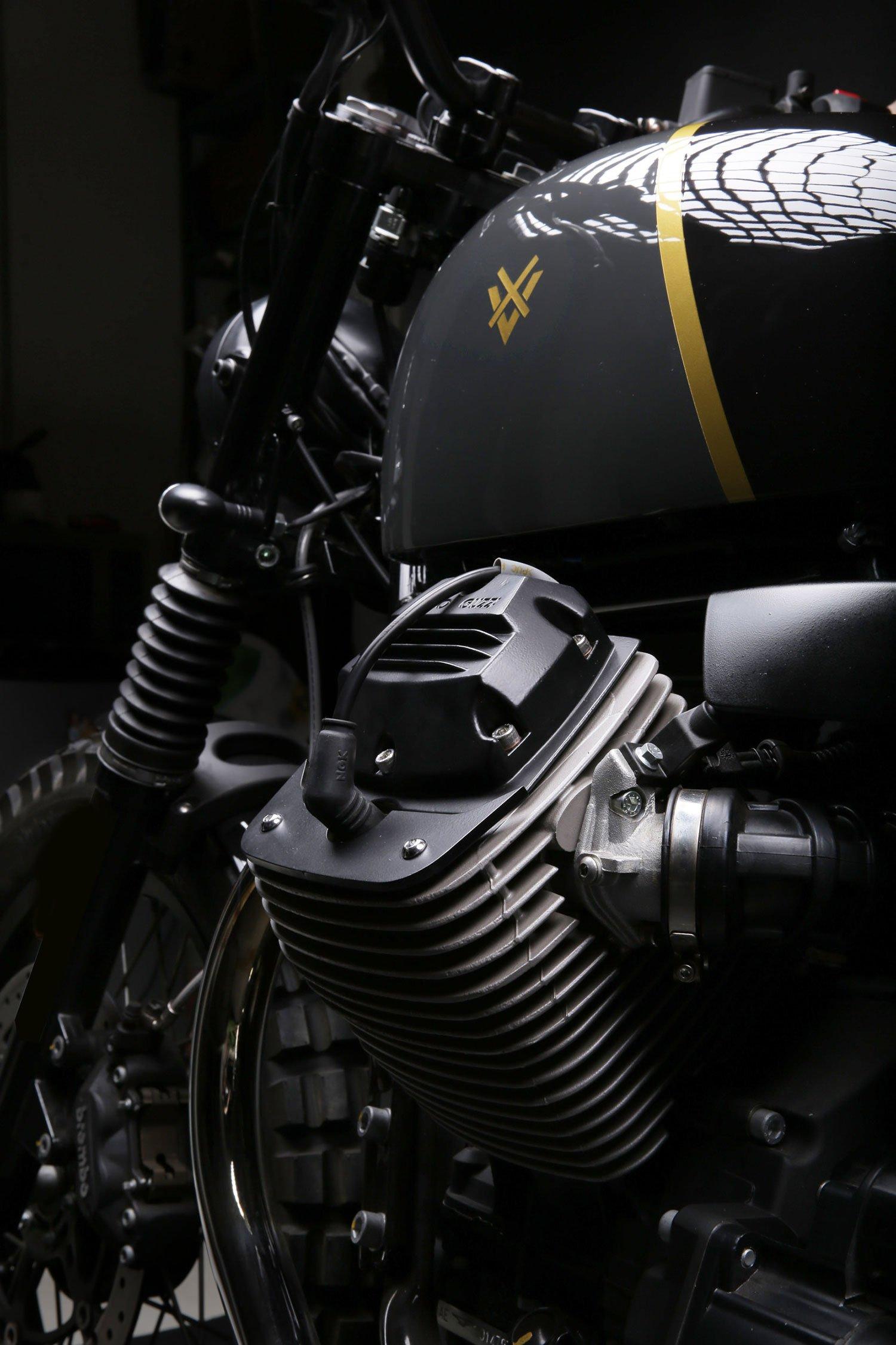 a-moto-guzzi-v7-redesigned-as-a-scrambler-gessato-4