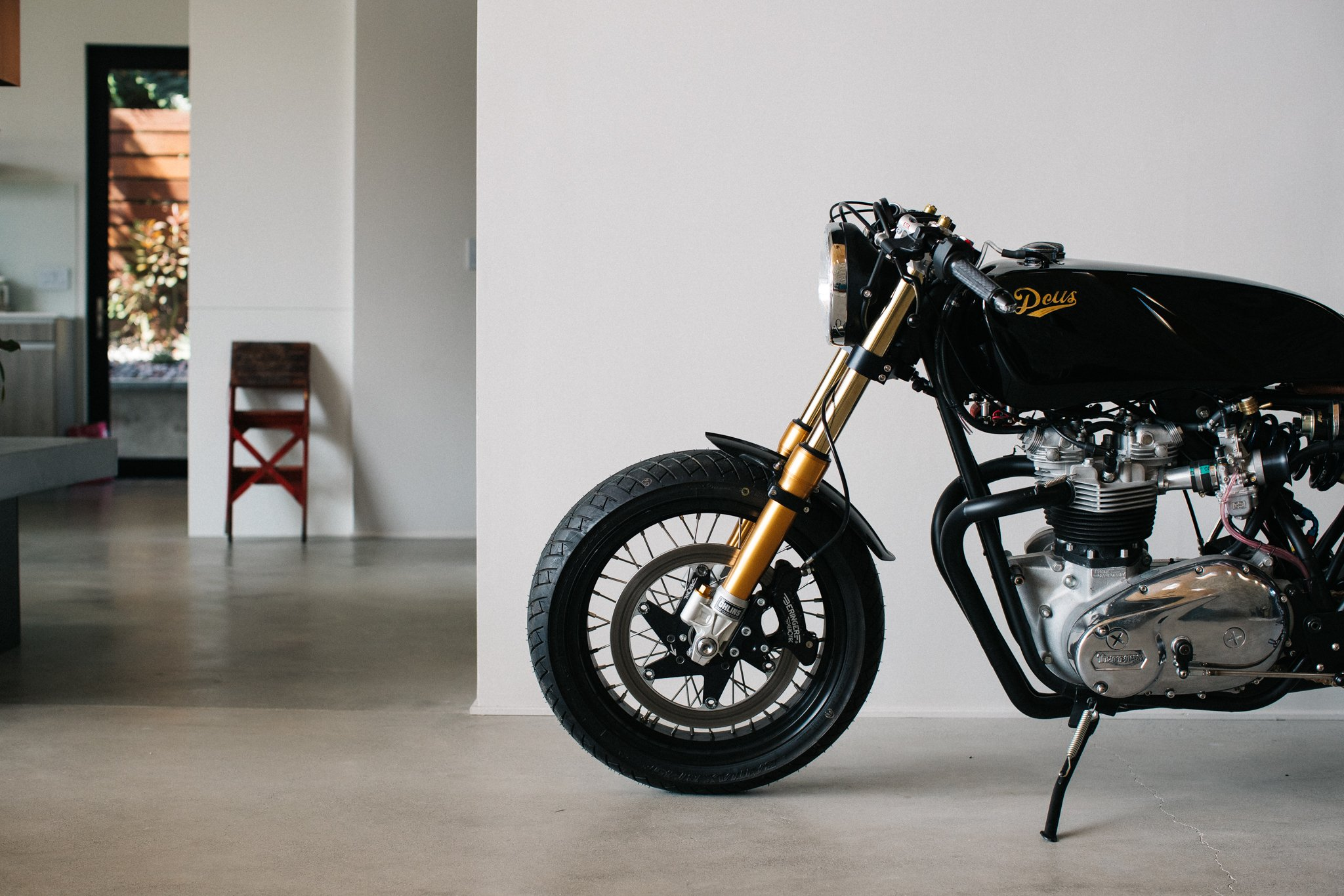 The Ttt Triumph T140 Cafe Racer