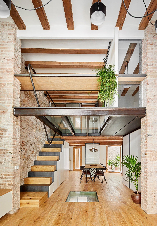 A stunning stone house renovation - Housse renovation matelas ...